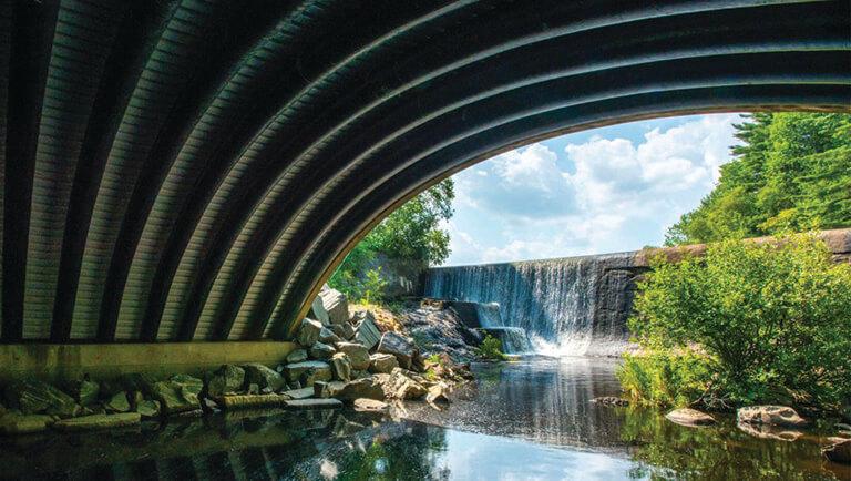 Composite arch bridge