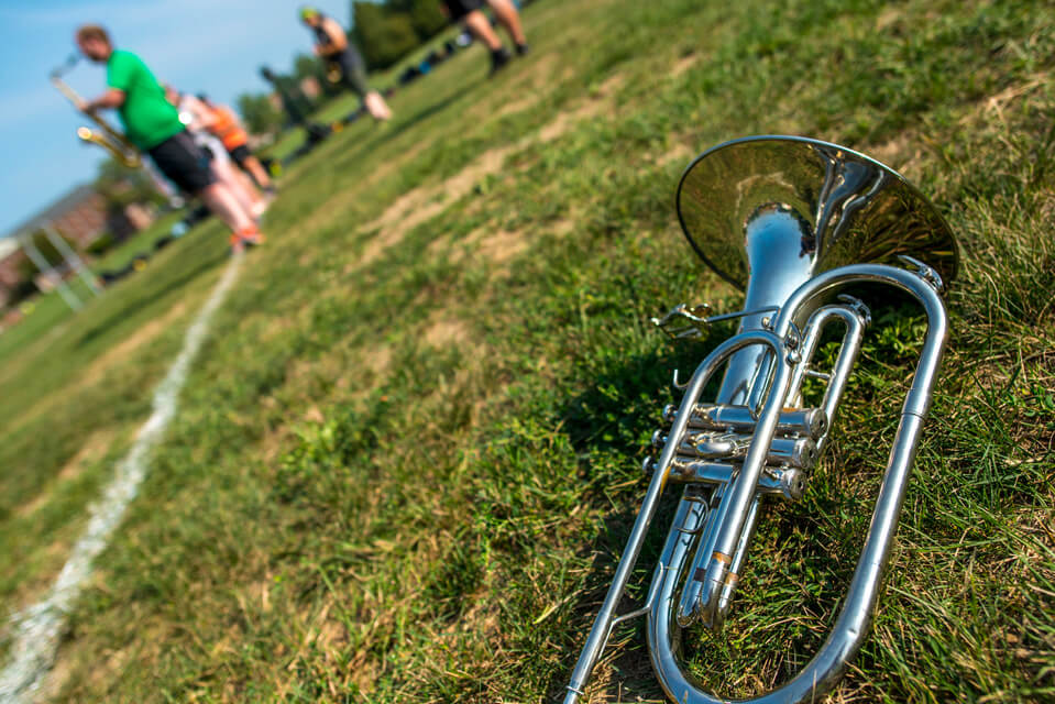 Marching horn