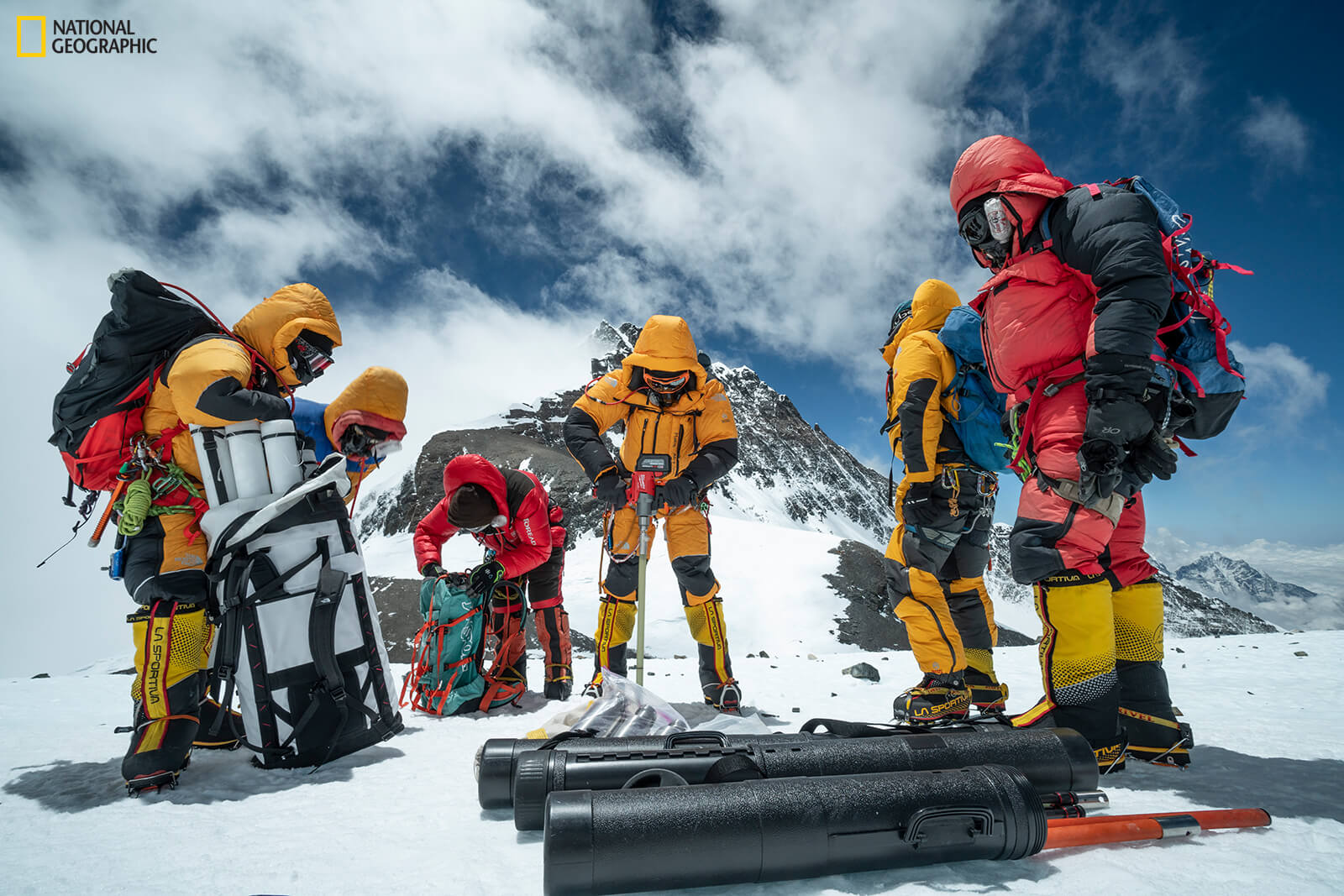Ice core drilling on Mount Everest