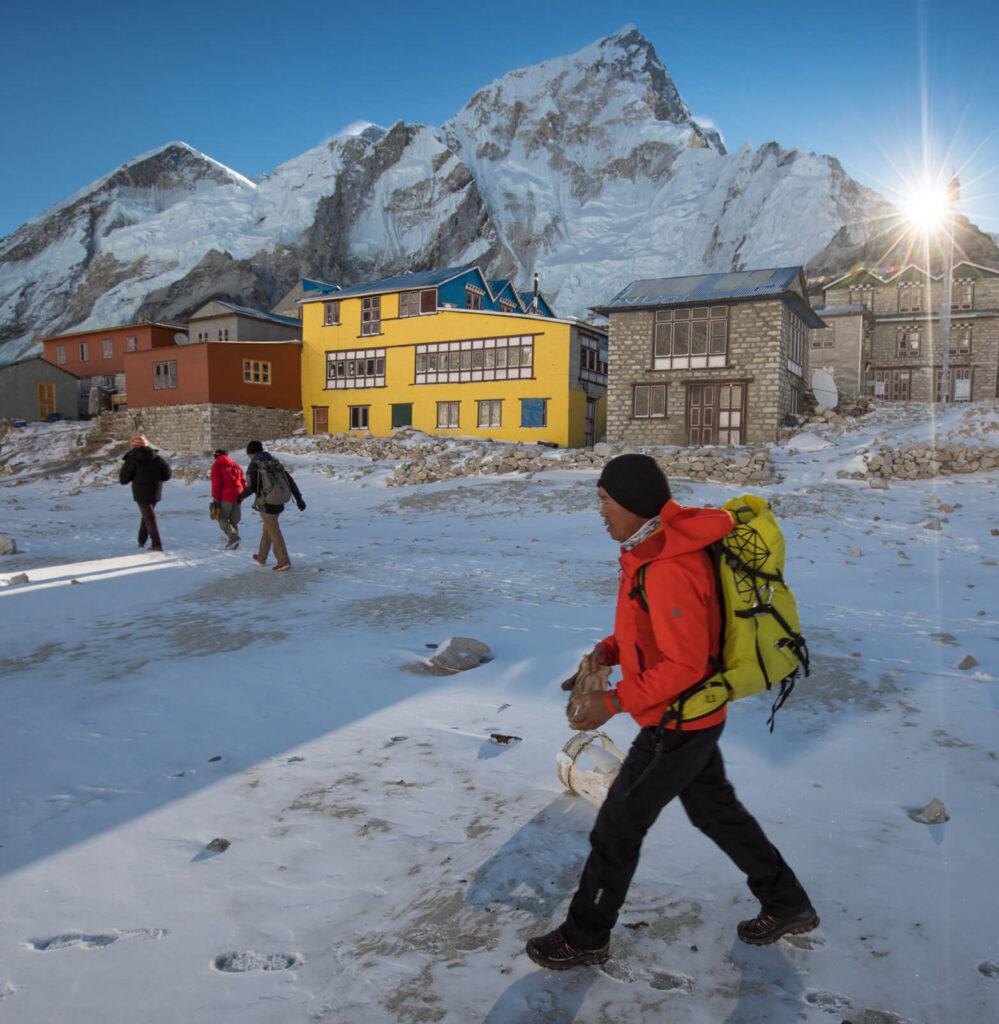 Sherpa leading a trainnig session